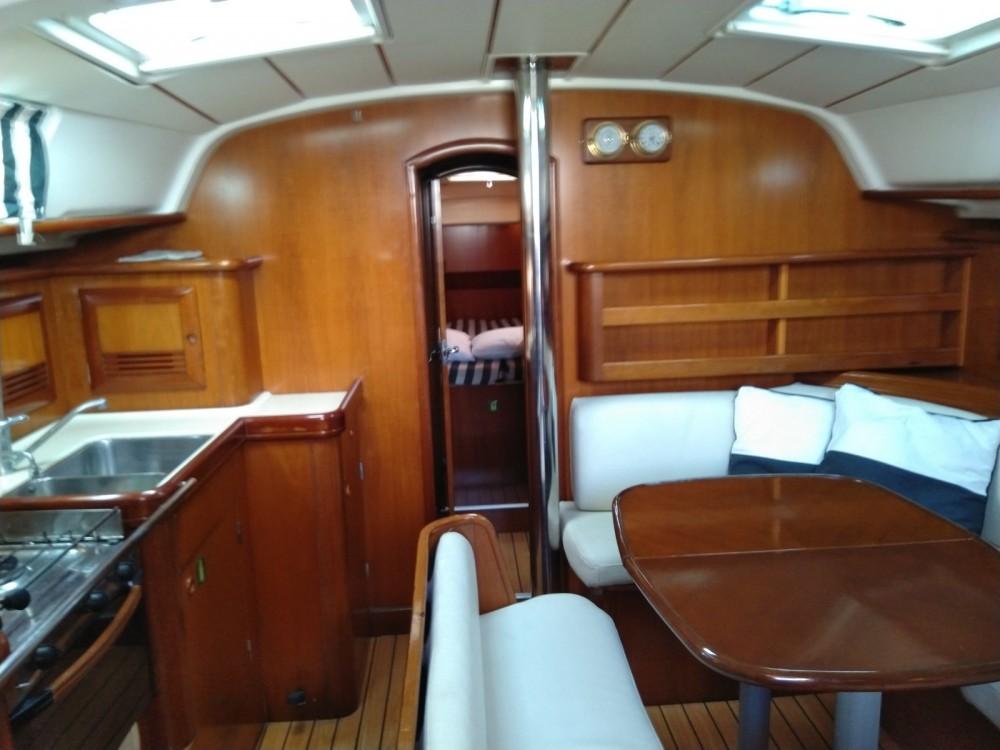 Bootsverleih Bénéteau Oceanis 411 Clipper Marina Alimos Samboat