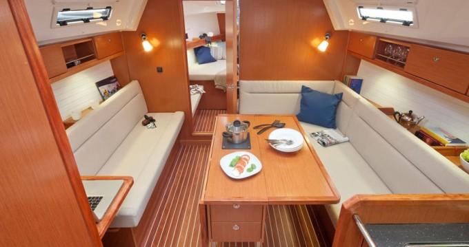 Bootsverleih Bavaria Cruiser 36 Gouviá Samboat