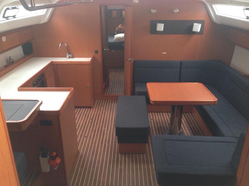 Segelboot mieten in Álimos - Bavaria Bavaria Cruiser 51