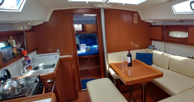 Segelboot mieten in Álimos - Bénéteau Oceanis 40