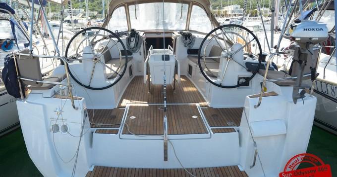 Jeanneau Sun Odyssey 469 zwischen Privatpersonen und professionellem Anbieter Follonica