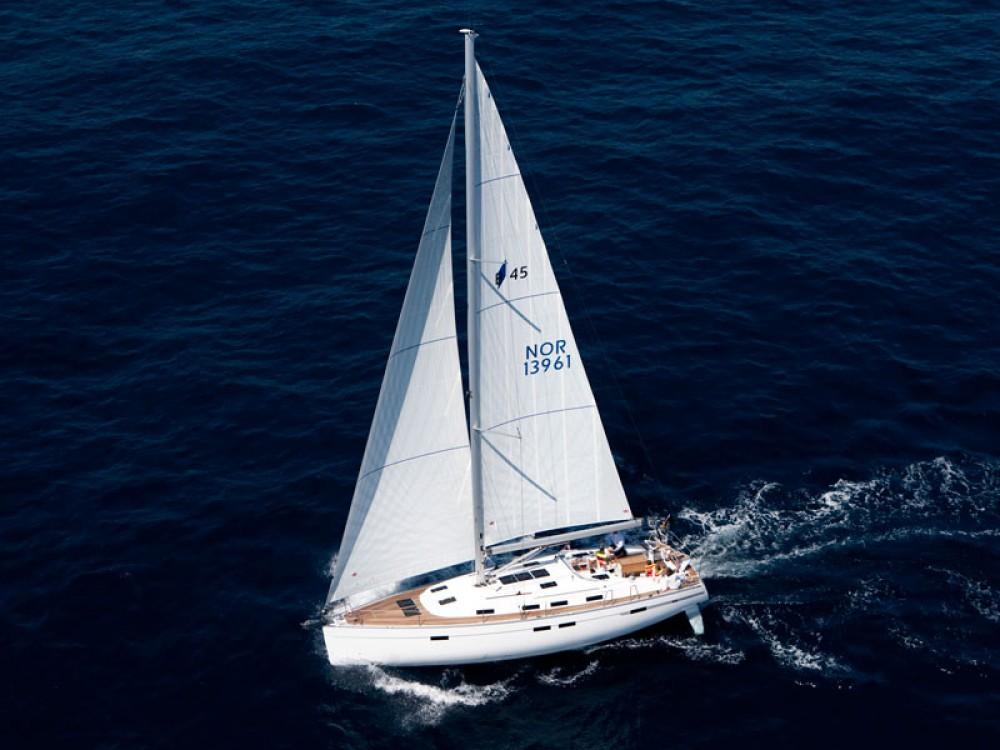 Bavaria Bavaria 45 Cruiser zwischen Privatpersonen und professionellem Anbieter Follonica