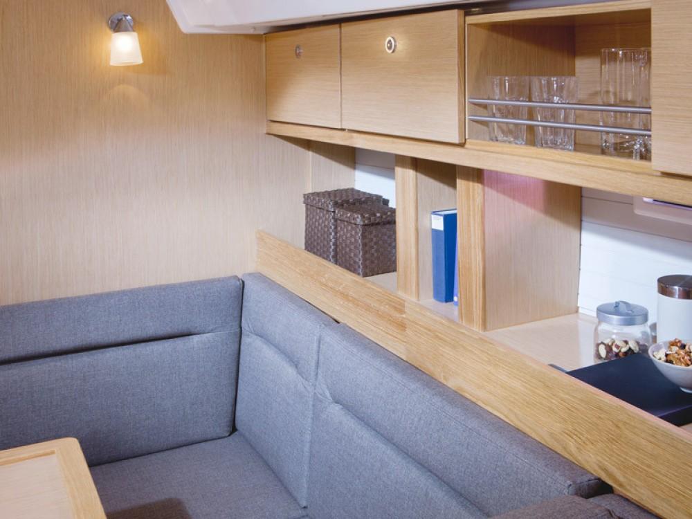 Bootsverleih Follonica günstig Bavaria 45 Cruiser