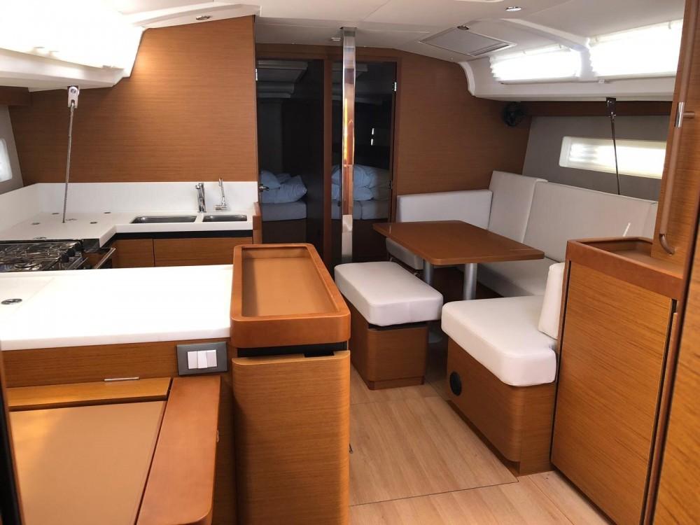 Segelboot mit oder ohne Skipper Jeanneau mieten in Nettuno
