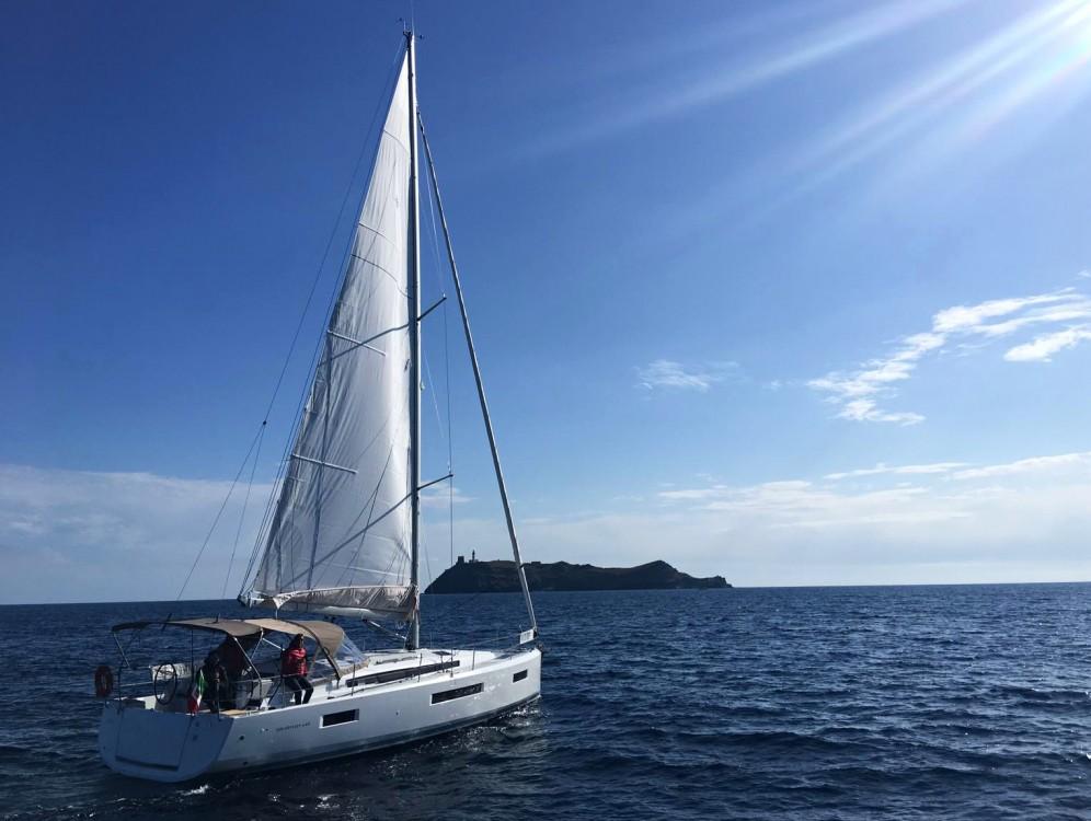 Jeanneau Sun Odyssey 440 zwischen Privatpersonen und professionellem Anbieter Nettuno