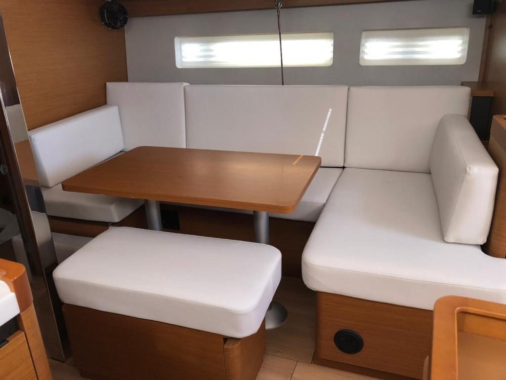 Bootsverleih Nettuno günstig Sun Odyssey 440