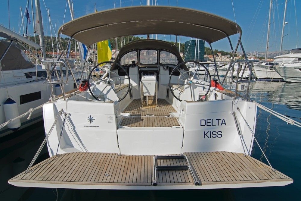 Yacht-Charter in Split - Jeanneau Sun Odyssey 389 auf SamBoat