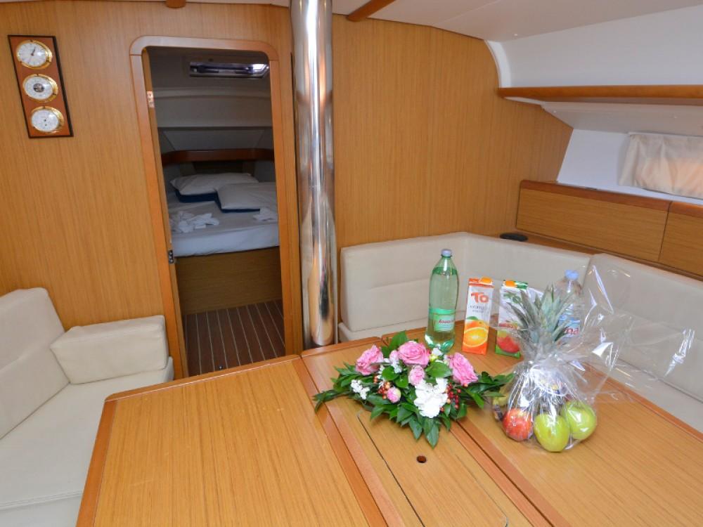 Segelboot mieten in Komolac zum besten Preis