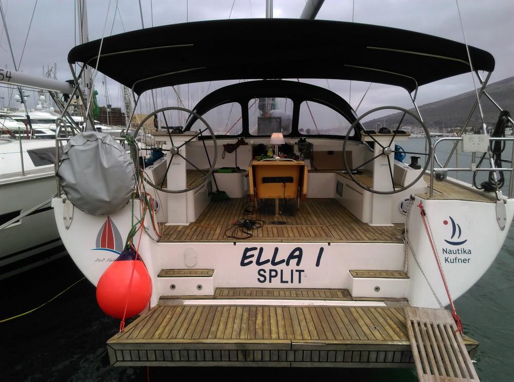 Segelboot mieten in Baška Voda zum besten Preis