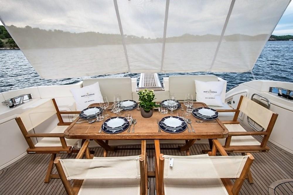 Yacht-Charter in Šibenik - Azimut Azimut 47 Fly auf SamBoat