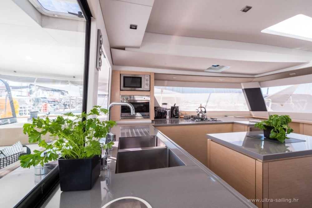Yacht-Charter in Seget Donji - Fountaine Pajot Saba 50 auf SamBoat