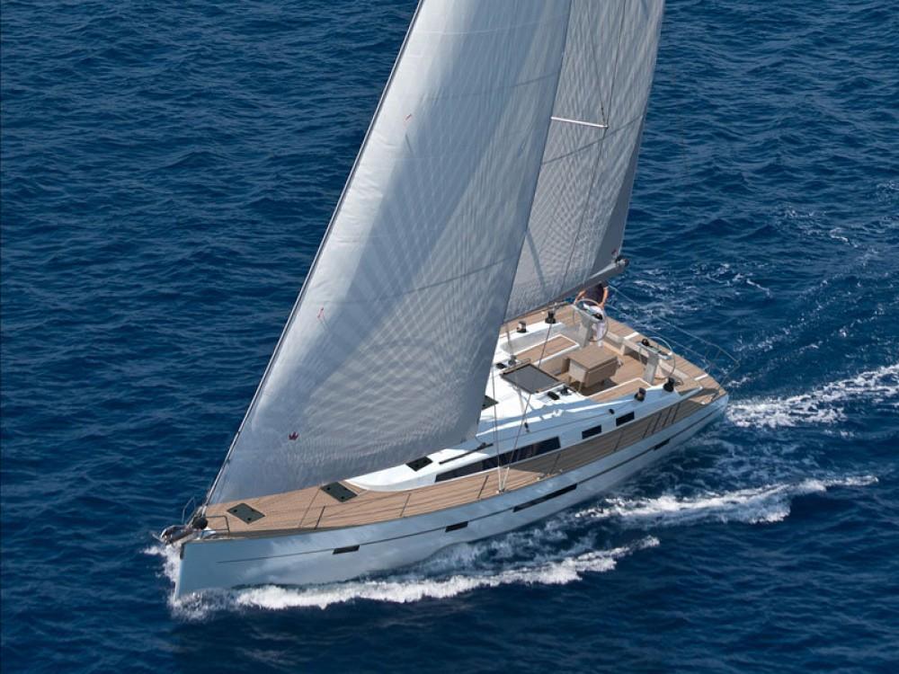 Ein Bavaria Bavaria Cruiser 56 mieten in Marina Alimos
