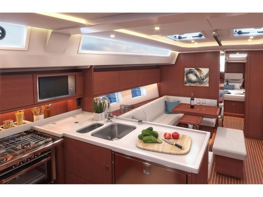 Yacht-Charter in Marina Alimos - Bavaria Bavaria C45 Style auf SamBoat