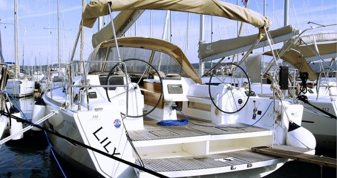 Bootsverleih Dufour Dufour 410 Grand Large Rogoznica Samboat