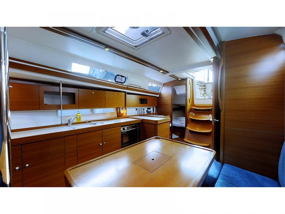 Yacht-Charter in Kaštel Gomilica - Dufour Dufour 375 Grand Large auf SamBoat
