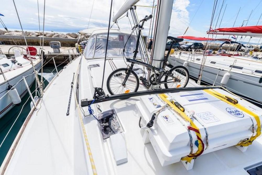 Bootsverleih Bénéteau Beneteau Oceanis 48 Split Samboat