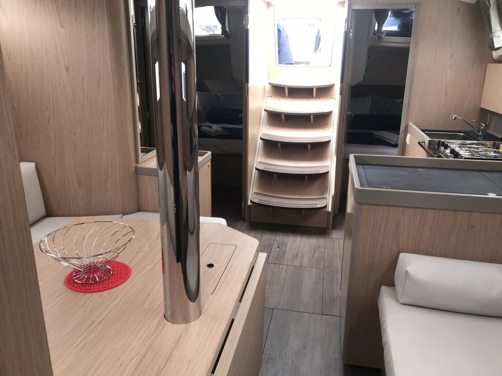Segelboot mit oder ohne Skipper Bénéteau mieten in Cala dei Sardi