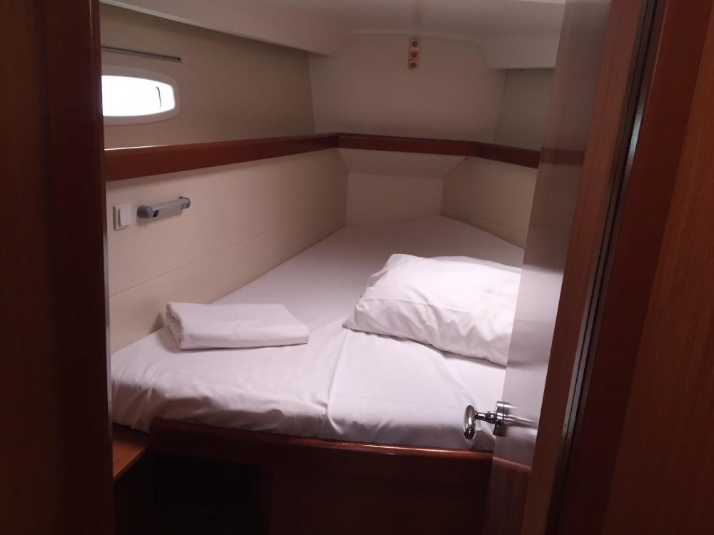 Segelboot mit oder ohne Skipper Bénéteau mieten in Castiglioncello