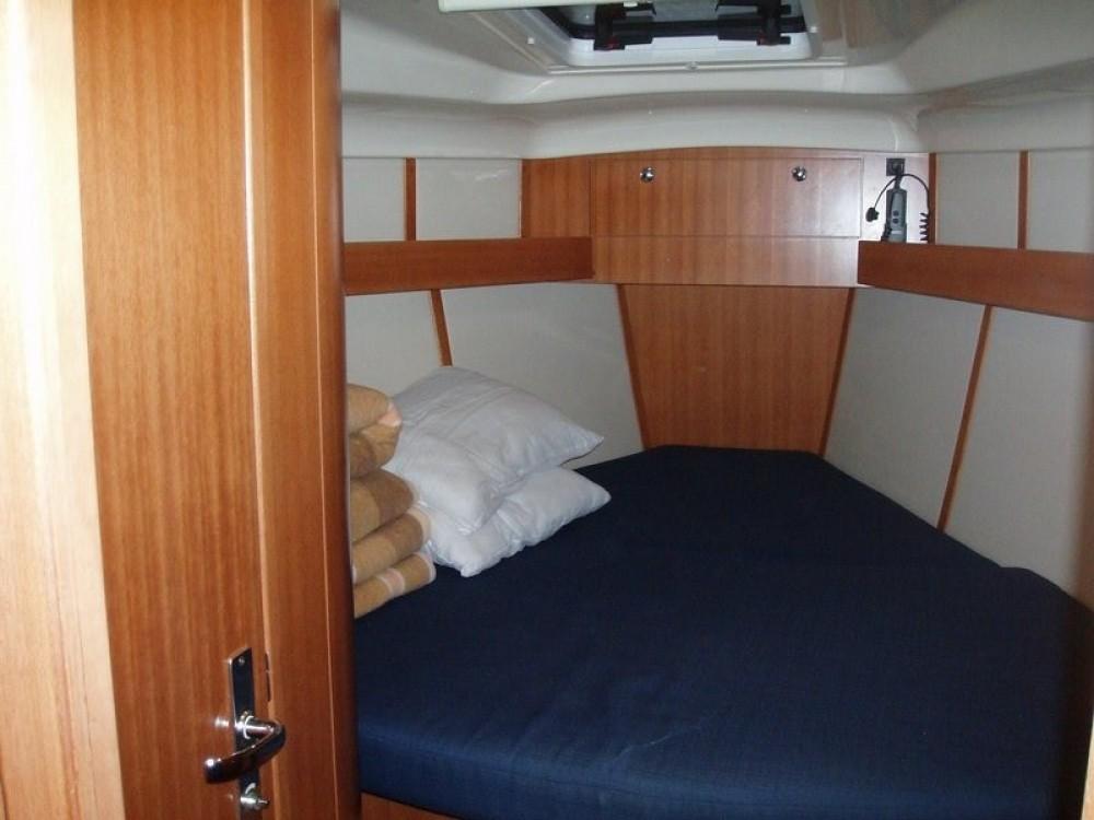 Segelboot mit oder ohne Skipper Elan mieten in Ionian Islands