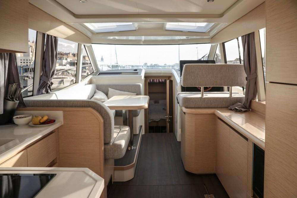 Seaway Greenline 39 zwischen Privatpersonen und professionellem Anbieter Zadar