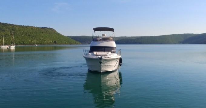 Motorboot mit oder ohne Skipper Bénéteau mieten in Mali Lošinj
