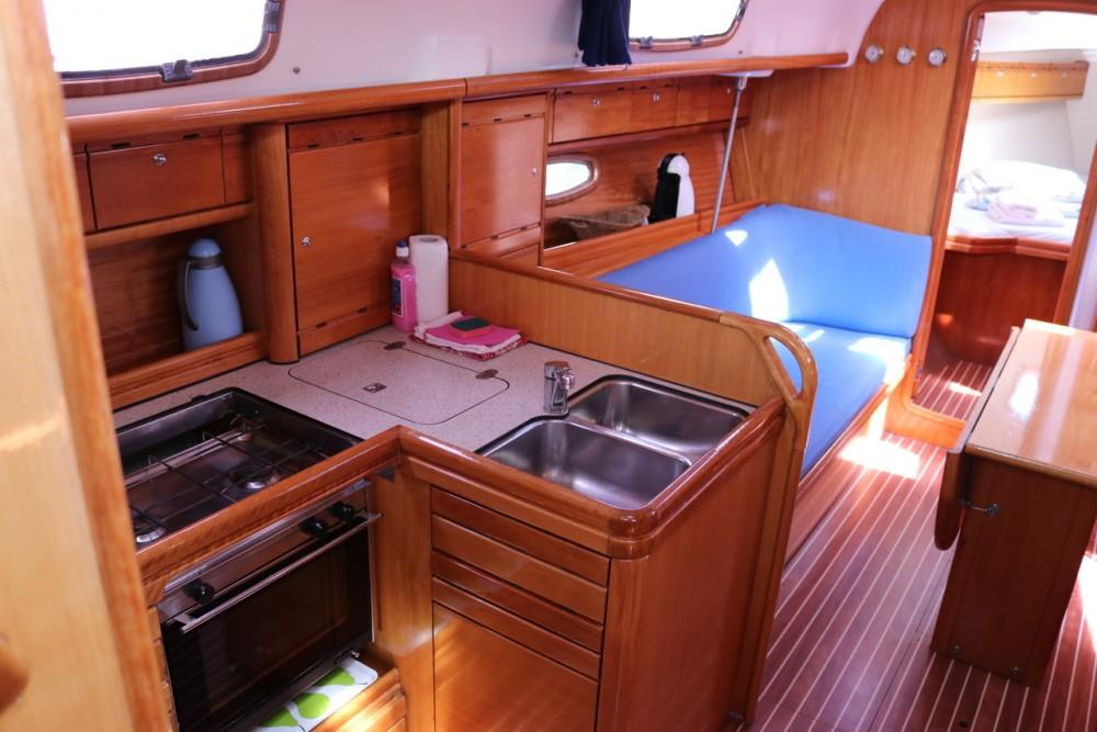 Bootsverleih Kroatien günstig Bavaria 37 Cruiser