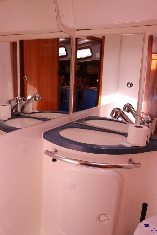 Bavaria Bavaria 37 Cruiser zwischen Privatpersonen und professionellem Anbieter Kroatien