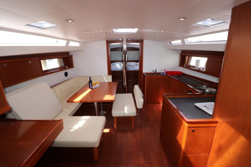 Yacht-Charter in Croatie - Bénéteau Oceanis 48 - 5 cab. auf SamBoat