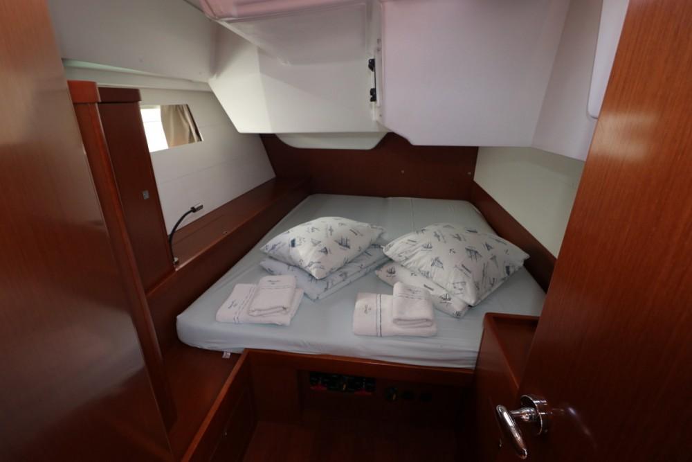 Bootsverleih Bénéteau Oceanis 48 - 5 cab. Croatie Samboat