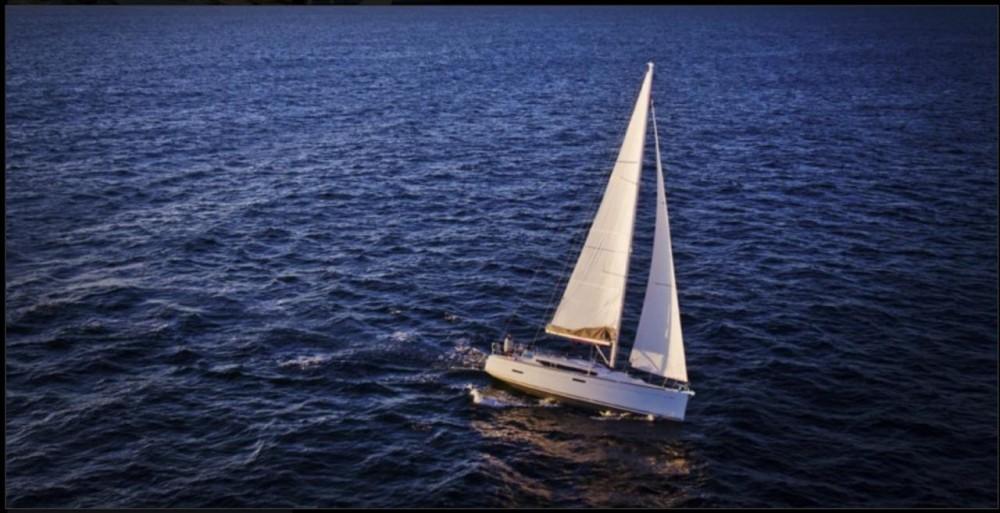 Segelboot mit oder ohne Skipper Jeanneau mieten in Corfù