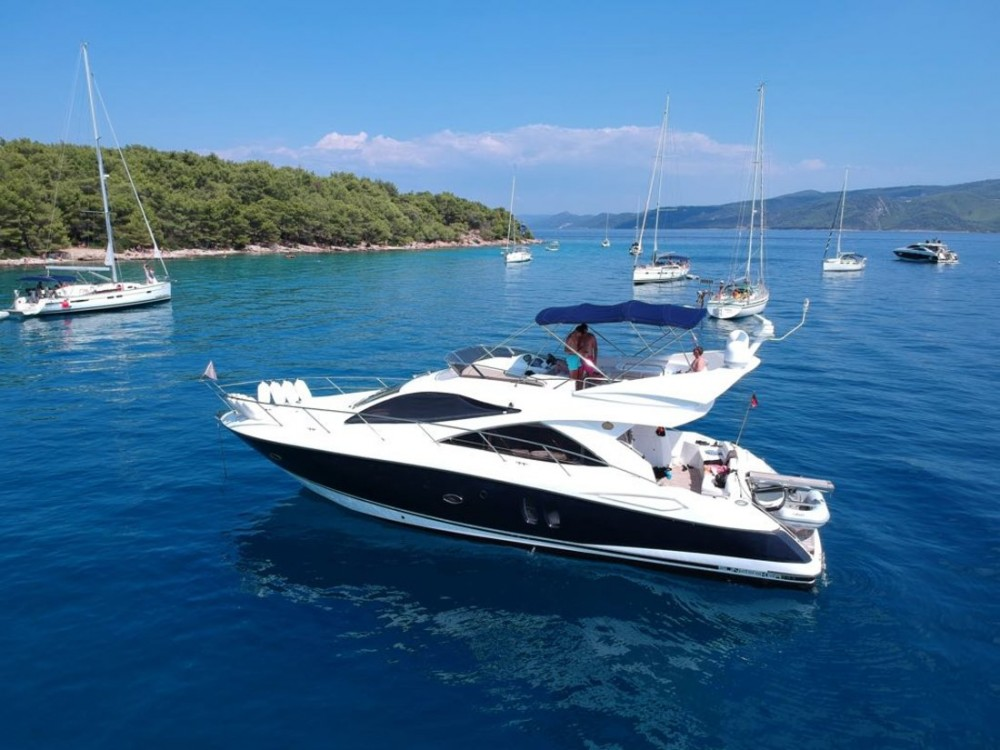 Motorboot mieten in Podstrana zum besten Preis