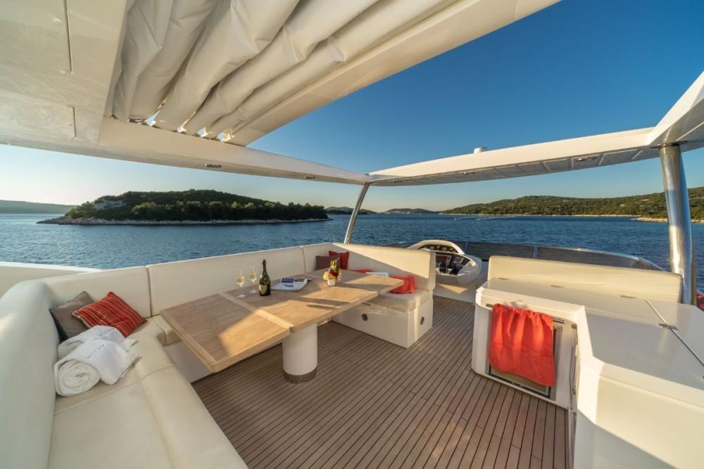 Bootsverleih Tribunj günstig Sunseeker Yacht 80