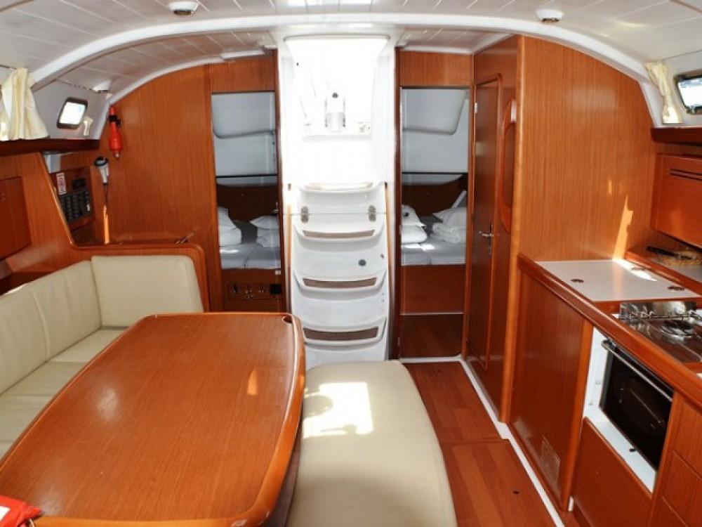 Yacht-Charter in  - Bénéteau Cyclades 43 auf SamBoat