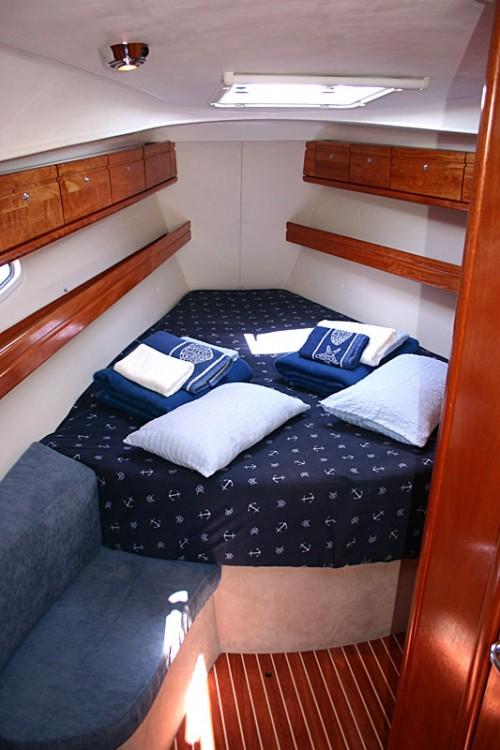 Ein Bavaria Cruiser 39 mieten in Split