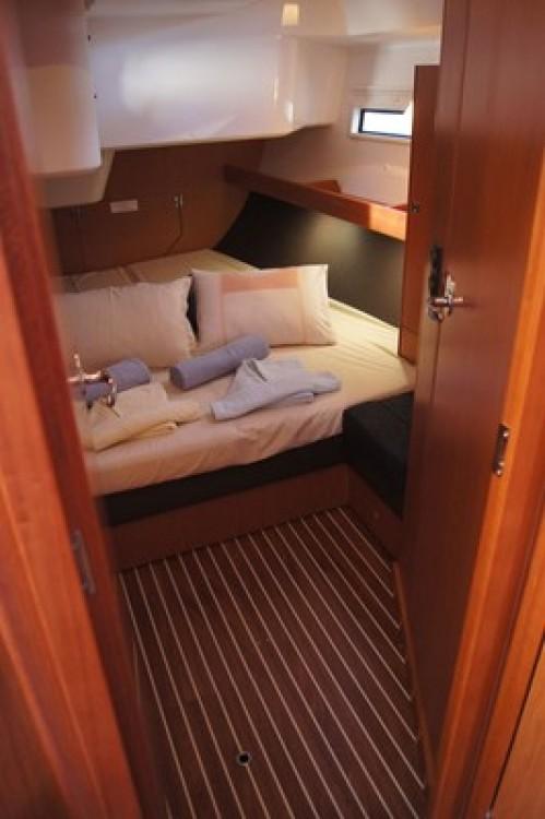 Bavaria Cruiser 51 zwischen Privatpersonen und professionellem Anbieter Split