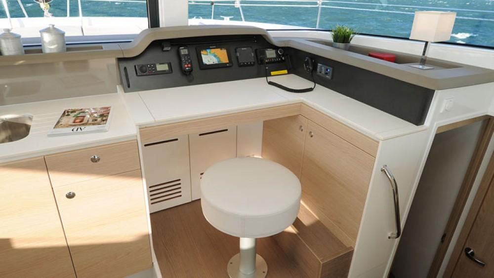 Bootsverleih Catana Bali 4.1 - 4 + 1 cab. Rogoznica Samboat
