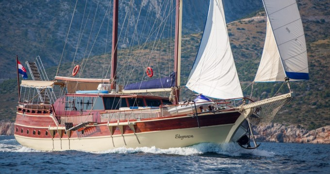 Segelboot mieten in Split - Custom Made Eleganza