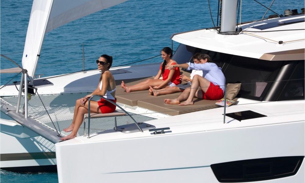Bootsverleih Tortola günstig Fountaine Pajot Lucia 40 - 3 cab.