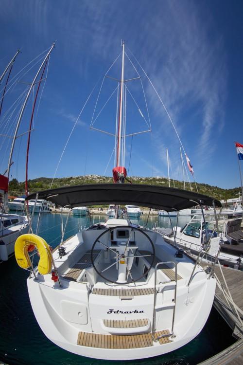 Bootsverleih Jeanneau Sun Odyssey 33i Primošten Samboat