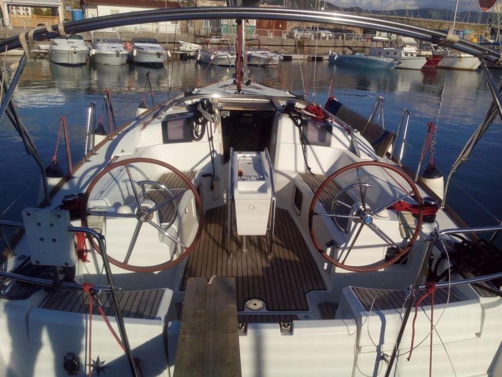Bootsverleih Jeanneau Sun Odyssey 379 Kampanien Samboat