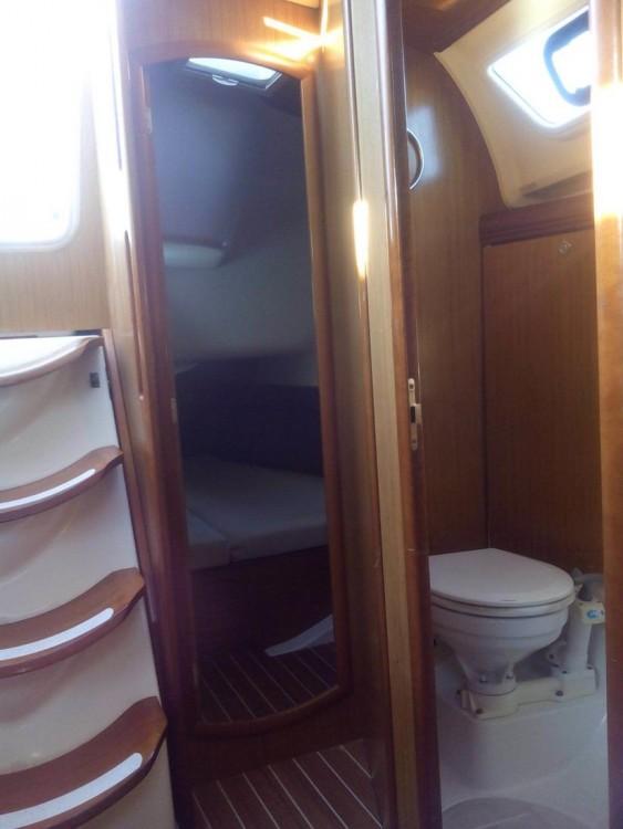 Segelboot mit oder ohne Skipper Jeanneau mieten in Kampanien