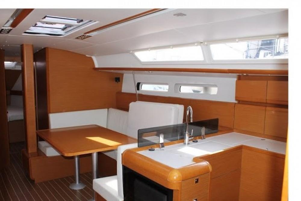 Segelboot mieten in Kampanien - Jeanneau Sun Odyssey 439