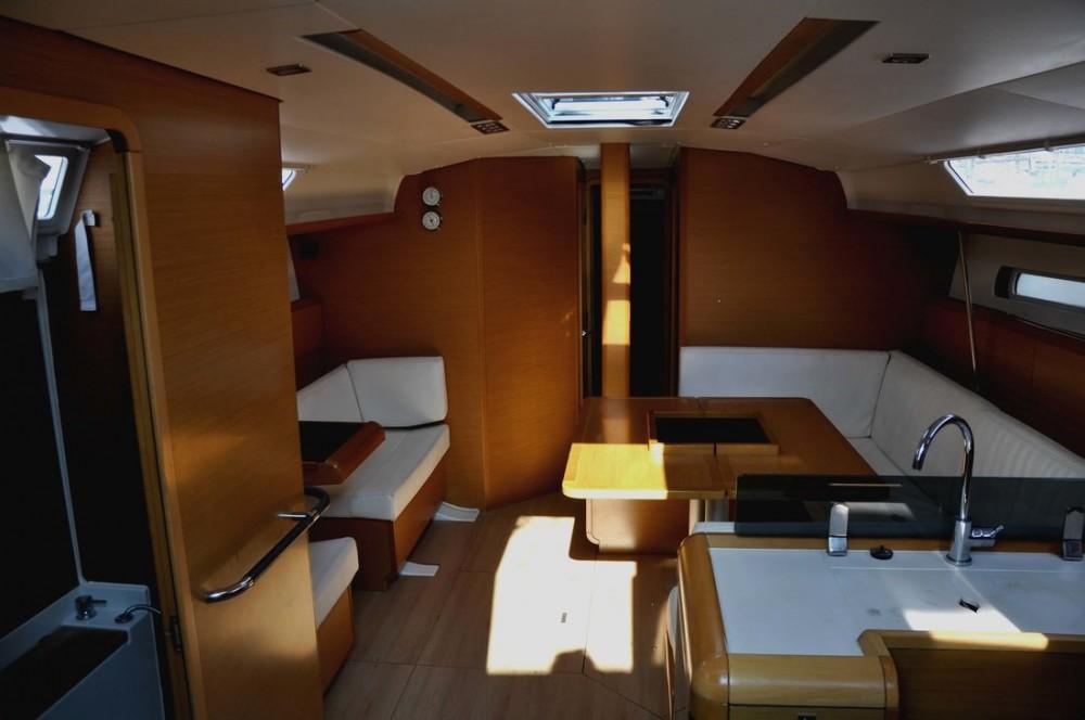 Bootsverleih Kampanien günstig Sun Odyssey 439