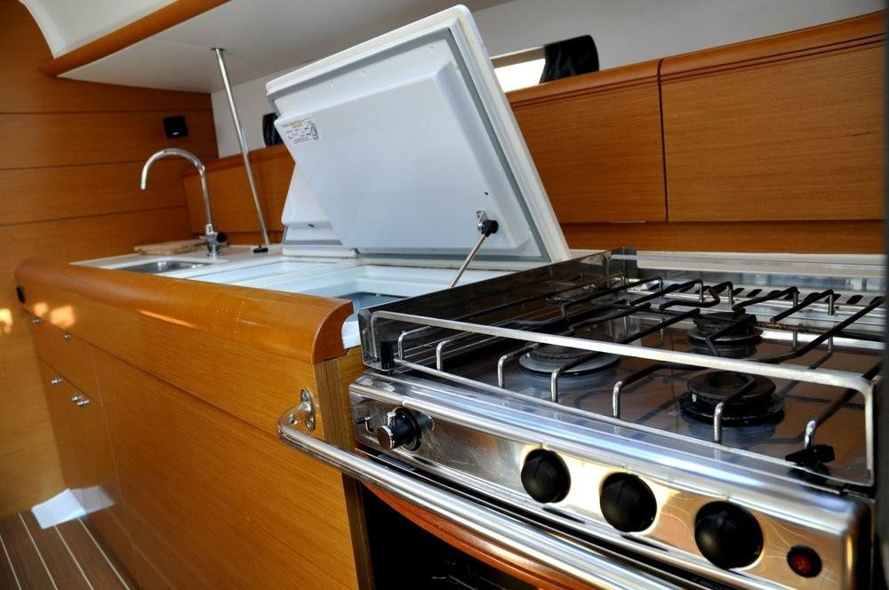 Yacht-Charter in  - Jeanneau Sun Odyssey 469 auf SamBoat