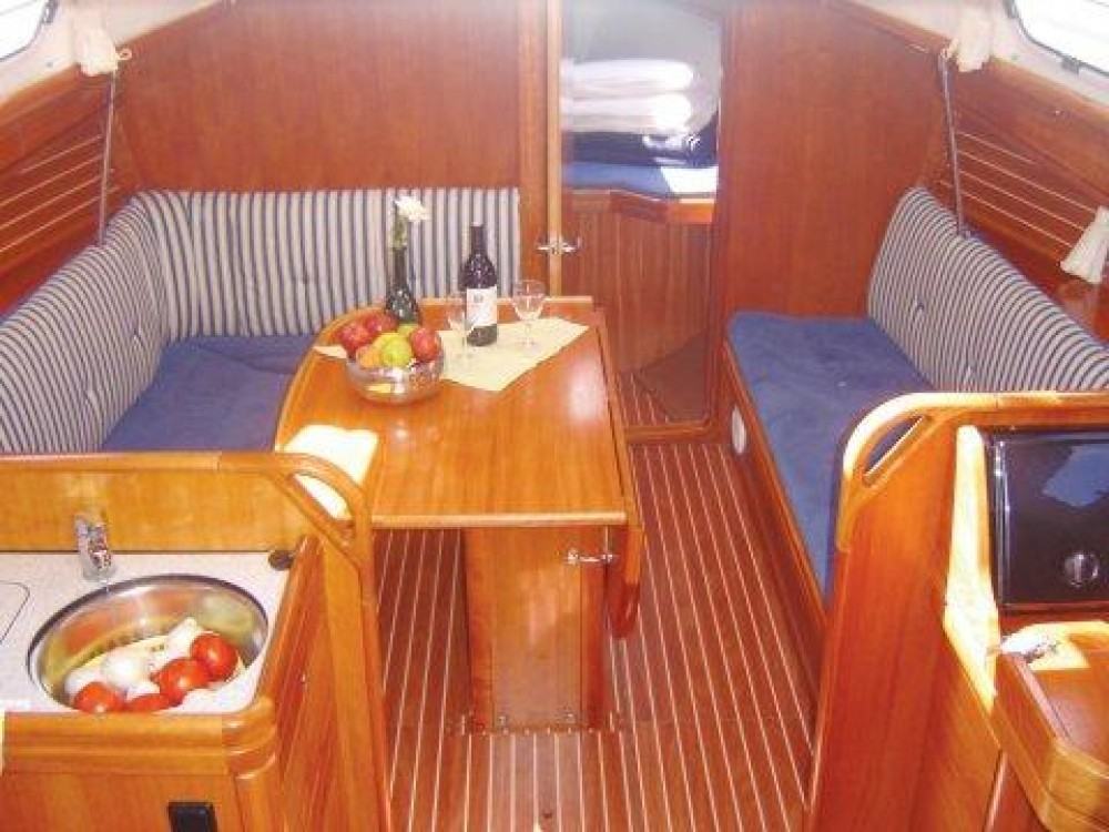 Yacht-Charter in Follonica - Bavaria Cruiser 33 auf SamBoat