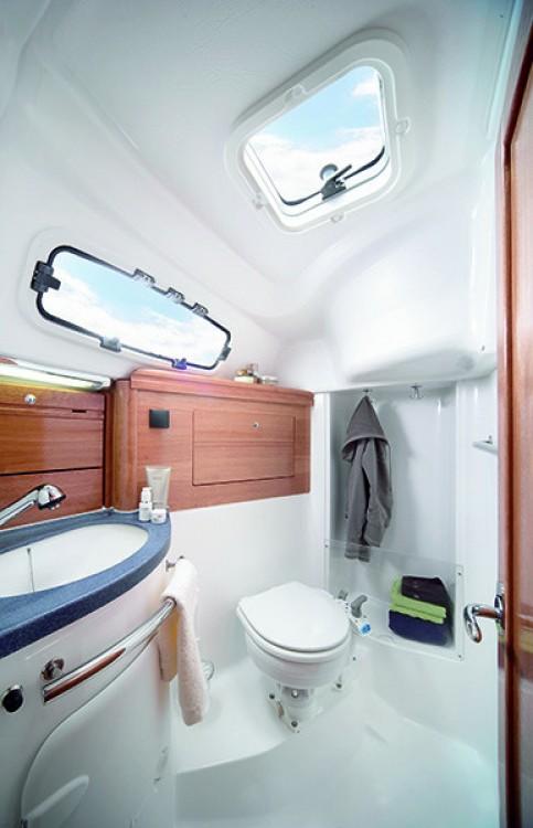 Bootsverleih Bavaria Cruiser 39 Kampanien Samboat