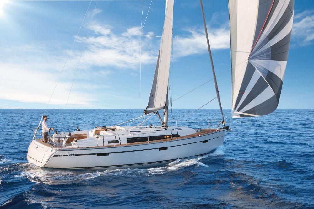 Ein Bavaria Cruiser 41 mieten in Furnari
