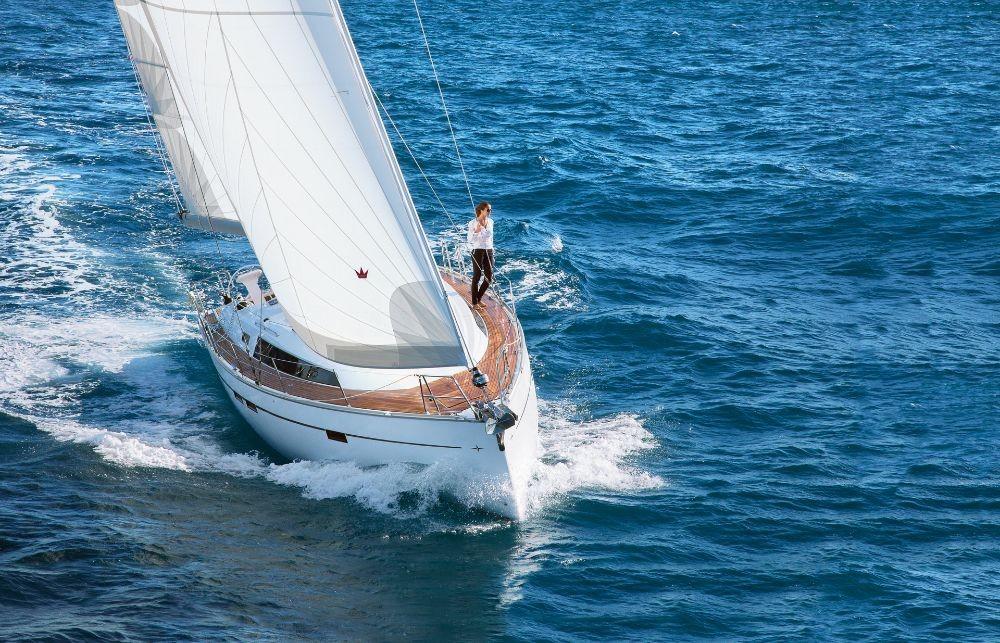 Bavaria Cruiser 46 zwischen Privatpersonen und professionellem Anbieter Follonica