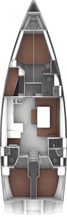Bavaria Cruiser 51 zwischen Privatpersonen und professionellem Anbieter Cannigione