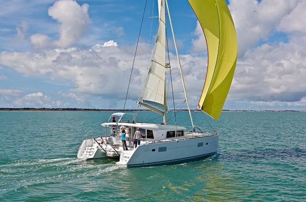 Yacht-Charter in Cannigione - Lagoon Lagoon 400 S2 auf SamBoat